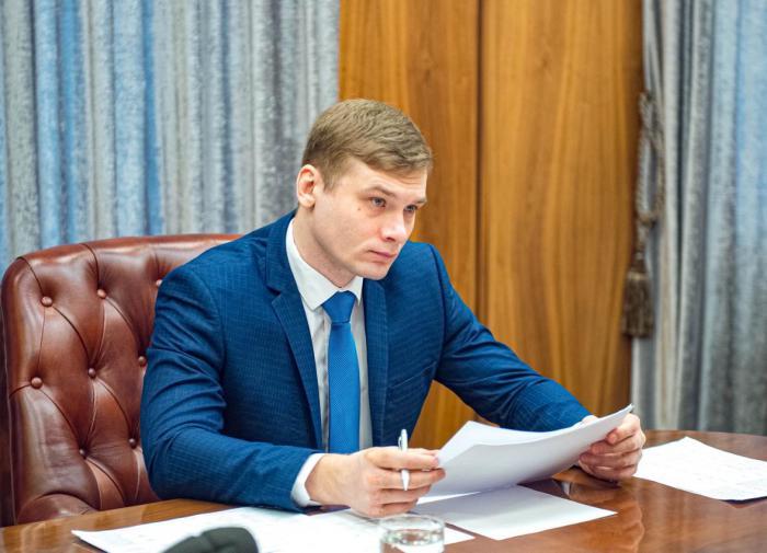 СМИ: досрочную отставку главы Хакасии запланировали в Кремле