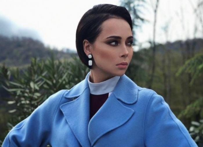 Настасья Самбурская стала двойником Джоли