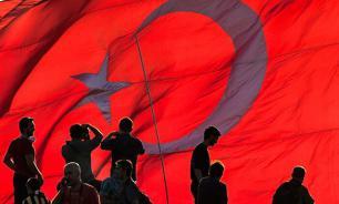 Турция освобождает тюрьмы для массовых посадок мятежников