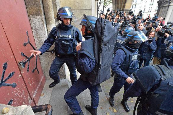 Террорист во Франции выдвинул требования