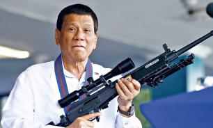 Президент Филиппин разрешил стрелять в коррумпированных чиновников