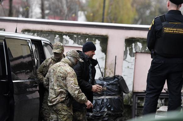 США взяли паузу в отношениях с Украиной - американист