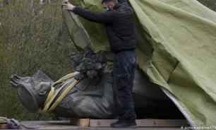 Депутат бундестага осудил снос памятника Коневу в Праге