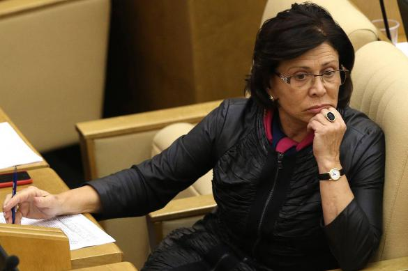 """Роднина предложила убрать """"засланных казачков"""" из российских СМИ"""