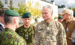 Президент Литвы: враг захватит нас за месяц, но потом прибудет НАТО