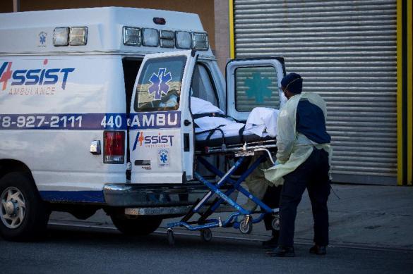 Больше 1700 человек скончались за сутки от коронавируса в США