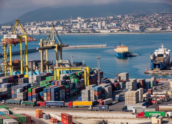 Эксперт рассказал о последствиях закрытия торгпредств РФ в Литве и на Украине