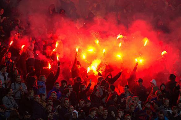 Сербским болельщикам рекомендовали не приезжать на Украину группами
