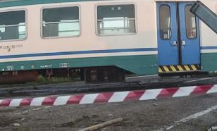 ЧП в Италии: с рельсов сошел скоростной поезд