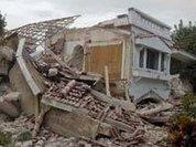 Землетрясение обрушило столицу Гаити. Власть рухнула сама