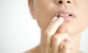 Лучшая защита губ – это макияж!