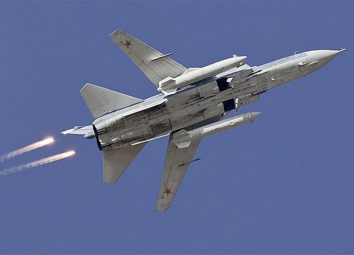 Пилот Су-24М рассказал о выстрелах в сторону эсминца Defender