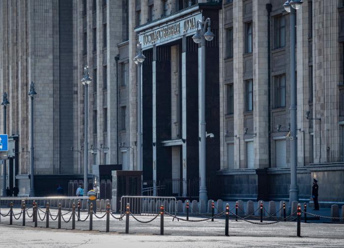 """""""Миром"""" и горы сдвинем: готова ли Россия жить без Visa и MasterCard"""