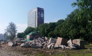Прощай, история! В Киеве демонтирован еще один памятник