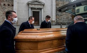 Почти тысяча человек скончались в Италии за сутки от коронавируса