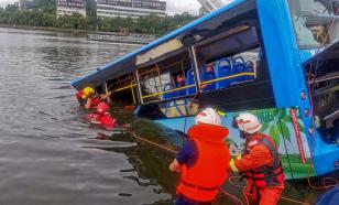 21 абитуриент погиб в аварии с автобусом в Китае