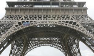 Кому война, а парижанам - мать родна
