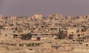 Сирийская армия нашла в районе Дейр эз‐Зора забитые под завязку мукой склады