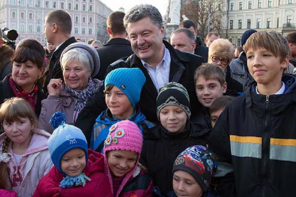 Порошенко случайно унизил украинских детей