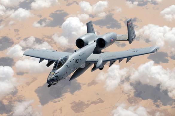 Боевой самолет США сбросил на Флориду три учебные бомбы