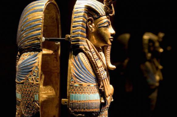 Египтолог: сестрам Тутанхамона пришлось захватить трон