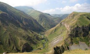 Российский сапёр погиб при разминировании дороги в Карабахе