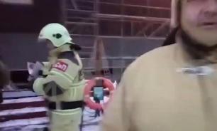 """Площадь пожара на """"Адмирале Кузнецове"""" достигла 600 кв. м"""