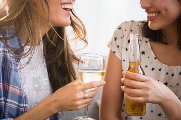 Нарколог прокомментировал идею повысить возраст продажи алкоголя