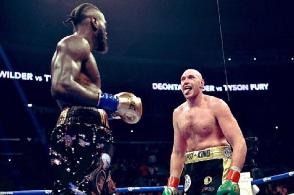 Фьюри стал чемпионом WBC, победив Уайлдера