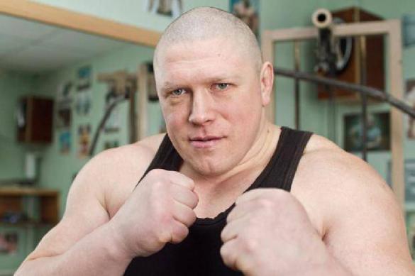 Отсидевший за убийство Новоселов проведет бой перед Кокляевым