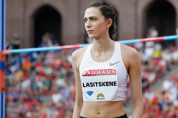 Ласицкене объяснила, почему согласилась выступать без российского флага