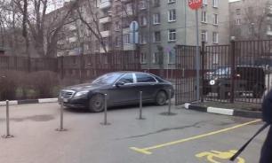 """Бочкарева приехала в суд с охраной на двух """"мерседесах"""""""