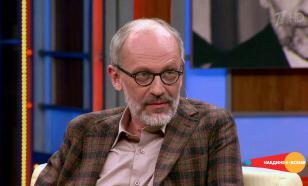 Телеведущий Гордон обнаружил, что заболел COVID-19 прямо на съемках