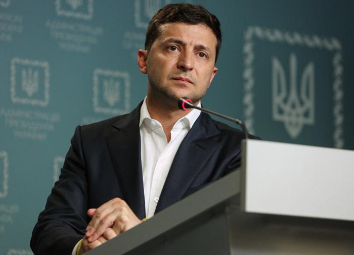 """""""Есть лишь один человек"""": кто из окружения Зеленского не хочет его второго срока"""