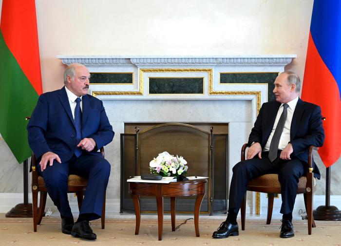 Лукашенко объяснил, почему Белоруссия отказалась от интеграции с РФ
