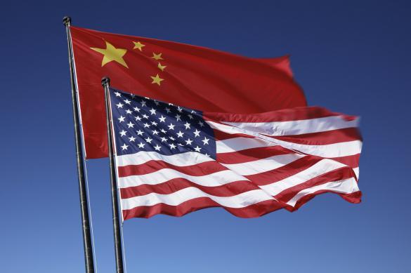 МИД Китая: США подталкивают мир к новой холодной войне