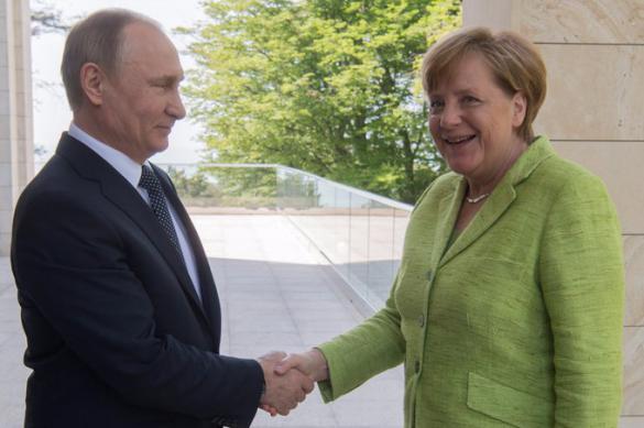 Ангела Меркель и Владимир Путин провели телефонные переговоры