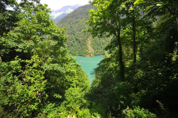 Власти Абхазии оставили границы страны закрытыми