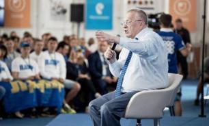 Жириновский: Футбол? Не наш вид спорта, сосуды у нас не те