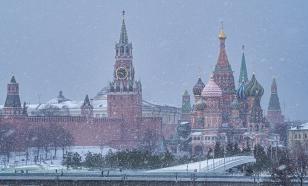 В Москве направили 12 тысяч коммунальщиков на уборку снега