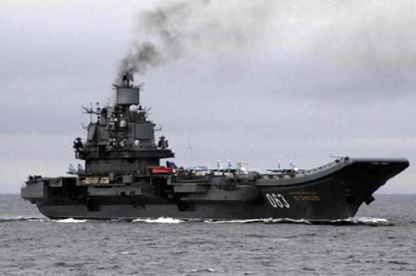 """Двое военнослужащих пострадали при тушении """"Адмирала Кузнецова"""""""
