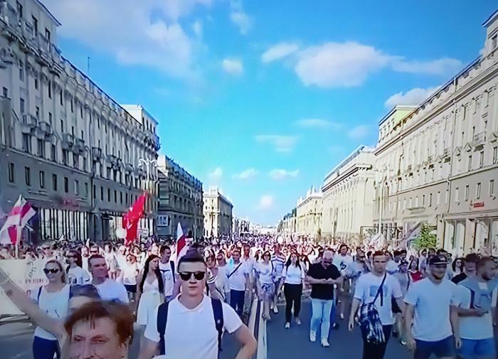 "КГБ Белоруссии озвучило сценарии ""сноса"" Лукашенко"