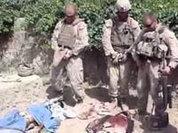 Морпехов отправили под трибунал за издевательства над трупами талибов