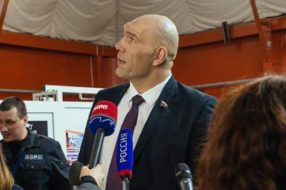 Валуев считает, что НХЛ недостаточно наказала Кузнецова за кокаин