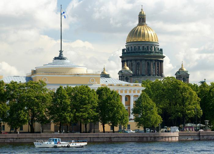 В Петербурге объяснили смерти полностью привитых пациентов от коронавируса