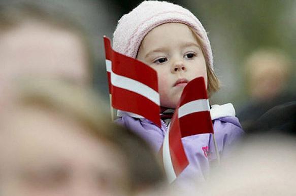 В Латвии ради зарплат учителей могут закрыть часть школ