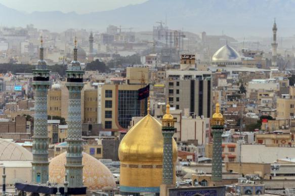 Британский посол покидает Тегеран после предварительного уведомления