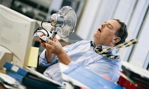 Роструд напомнил работодателям о сокращении рабочего дня в жаркие дни