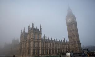 Трижды в Британии: кто-то жестко троллит Лондон