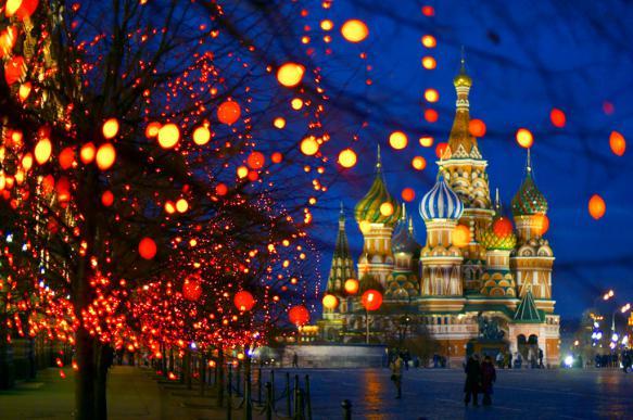 """СМИ сообщили о """"техническом"""" сокращении новогодних каникул"""